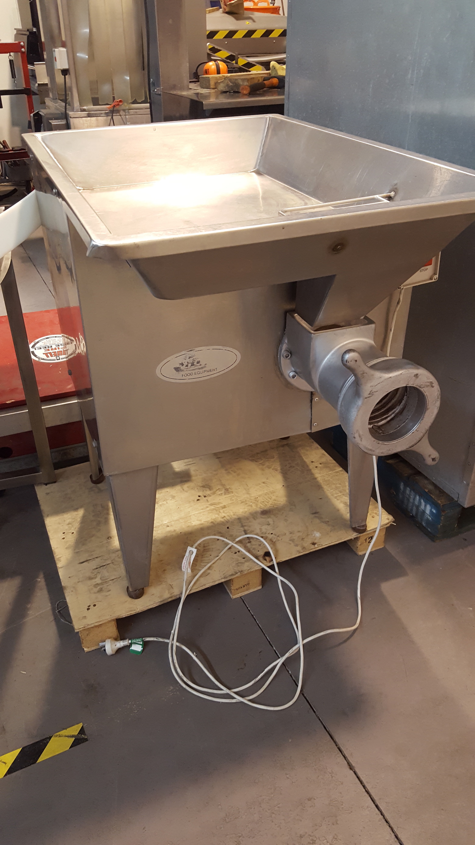 Hall Single Phase Mincer